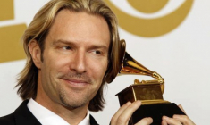 """Light and Gold"" de Eric Whitacre, Grammy 2012"